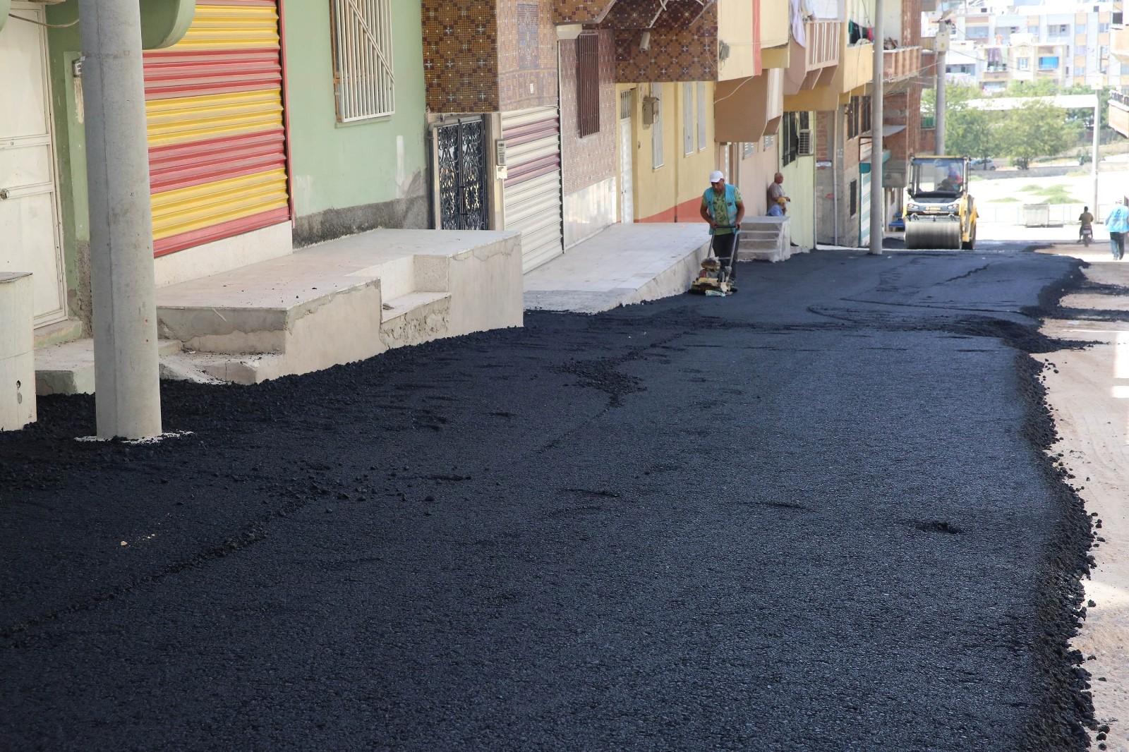 Haliliye'de asfalt çalışması