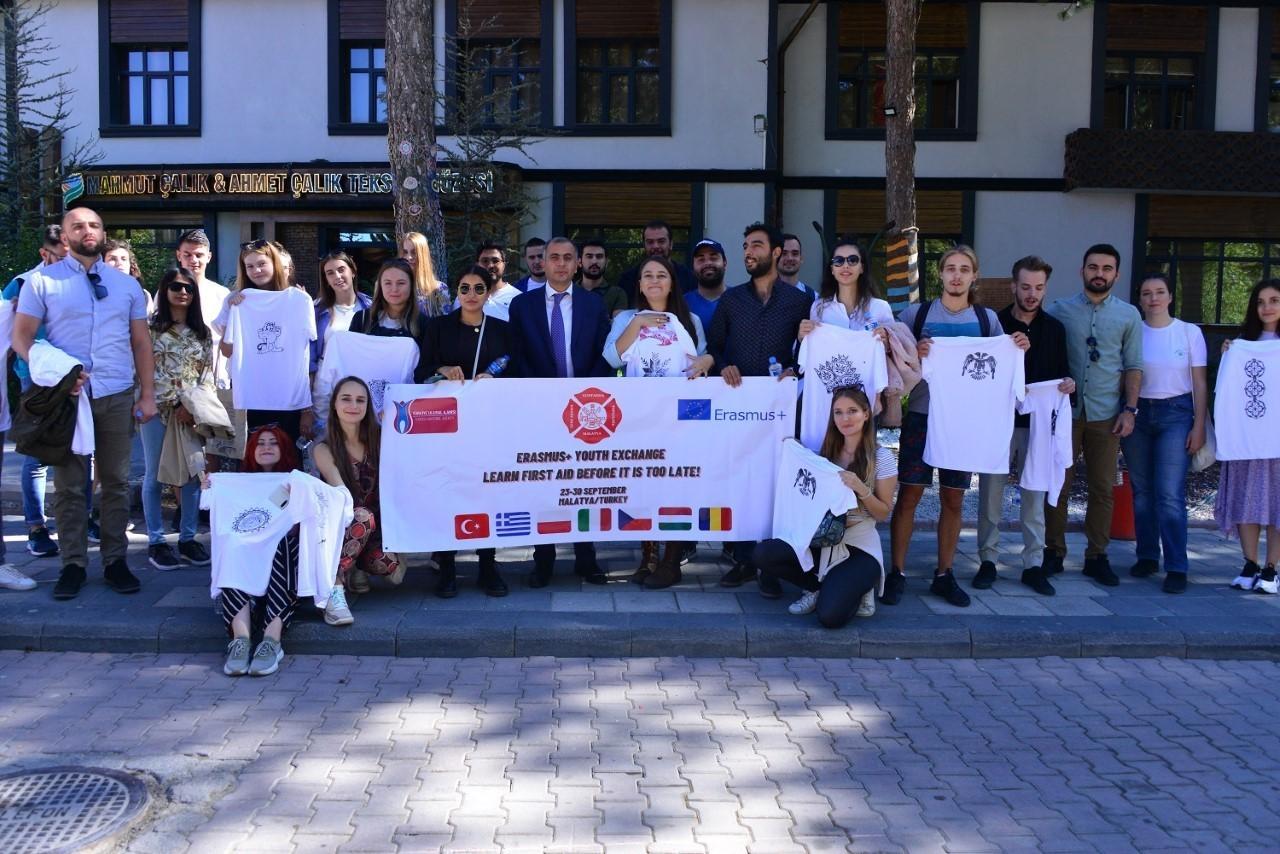 Öğrenciler Yeşilyurt'taki yatırımlara hayran kaldı