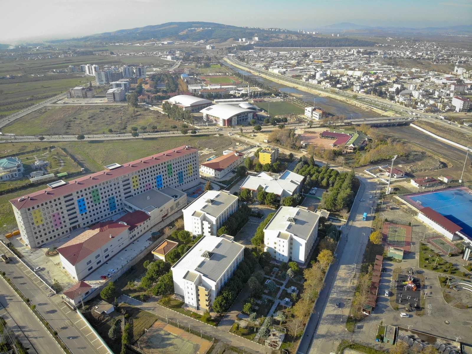 Osmaniye'de üniversite öğrencileri barınma sorunu yaşamadı