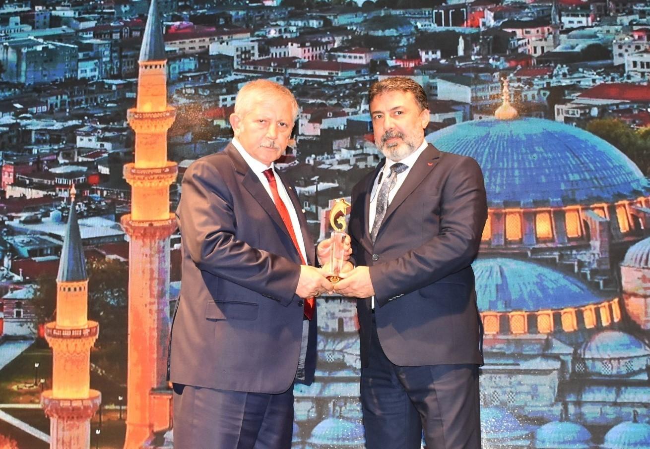 Amasya Belediyesi'ne 'En çevreci belediye' ödülü