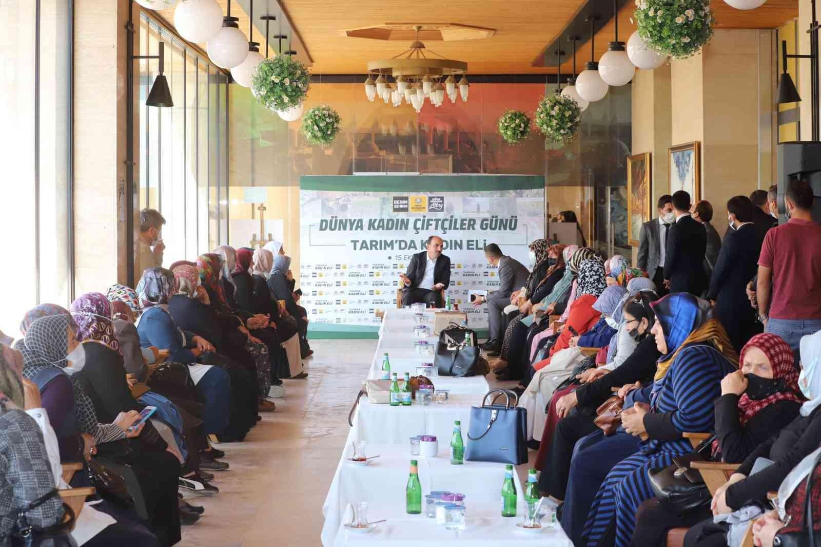 Başkan Altay kadın çiftçilerle buluştu