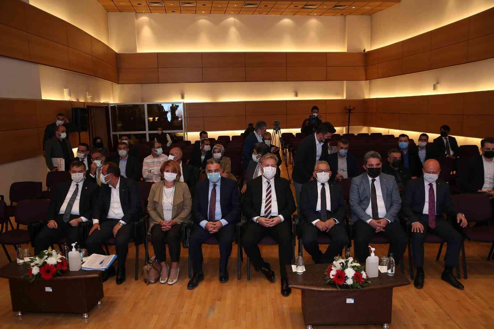 Büyükkılıç'tan kentsel dönüşüm stratejisi