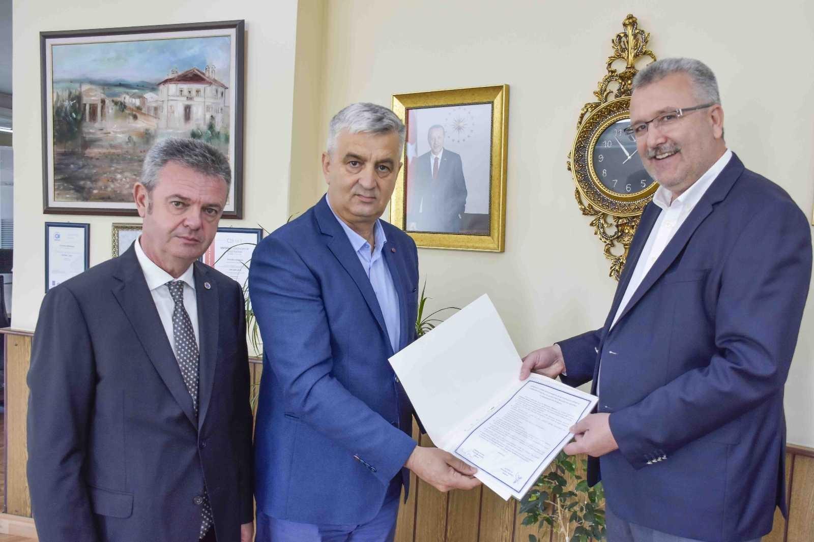 Karacabey'den Sırbistan'a kardeşlik köprüsü kuruldu