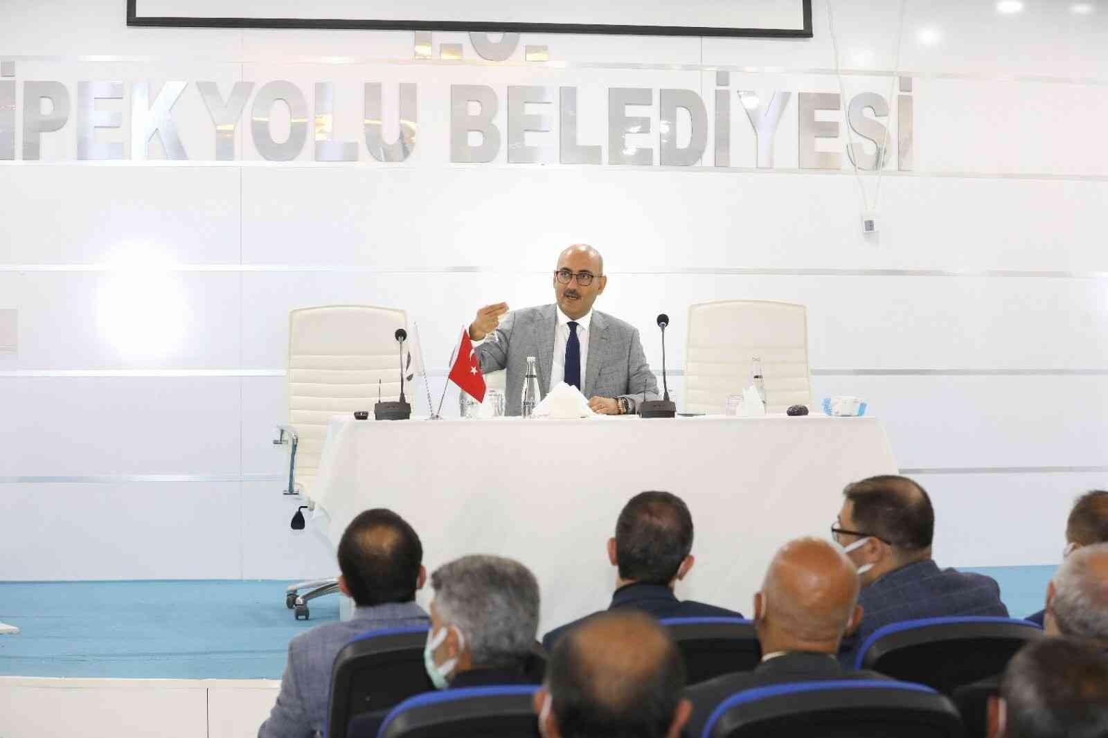 Kaymakam ve Belediye Başkan Vekili Aydın mahalle muhtarlarıyla bir araya geldi