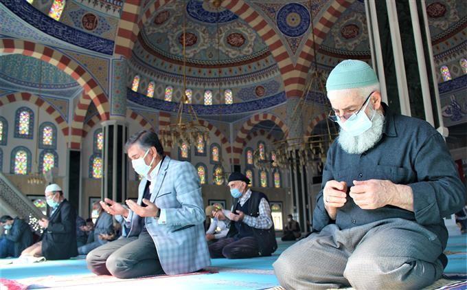 Kur'an-ı Kerim ziyafeti yapılarak Mevlid-i Şerif okundu