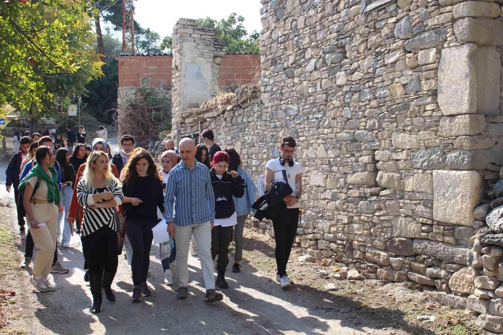 Öğrencilerin bitirme projesi Attouda restorasyonuna ilham olacak